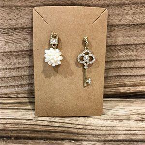 Gold Key & Pearl Cluster Earring